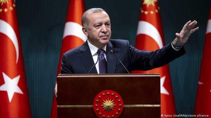 Erdoğan, 'kademeli normalleşme' takvimini açıkladı