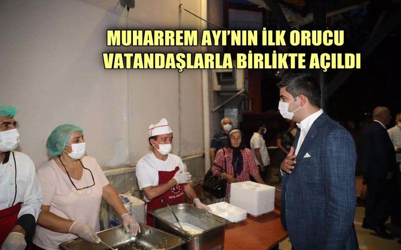 Kartal Belediye Başkanı Yücel, Muharrem Ayı'nın ilk orucunu vatandaşlarla birlikte açtı