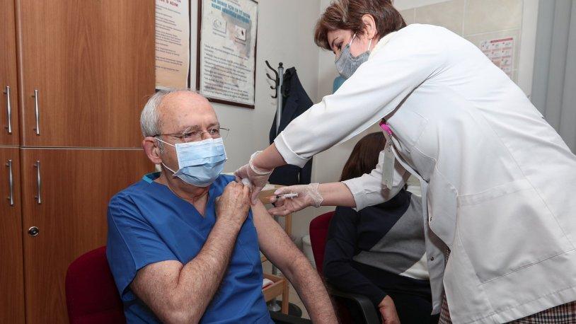 Kılıçdaroğlu çifti, ikinci doz koronavirüs aşılarını oldu