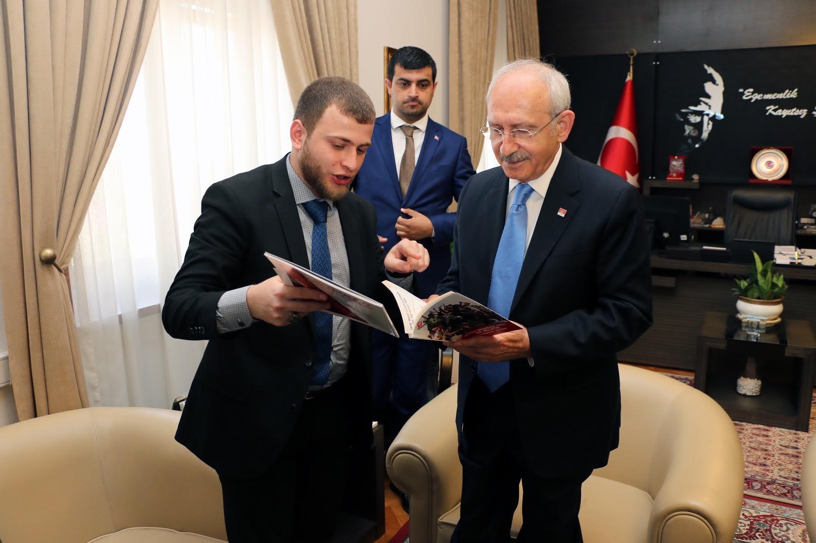 Kılıçdaroğlu, Genç İmam Hatipliler için bir kütüphane yaptıracak