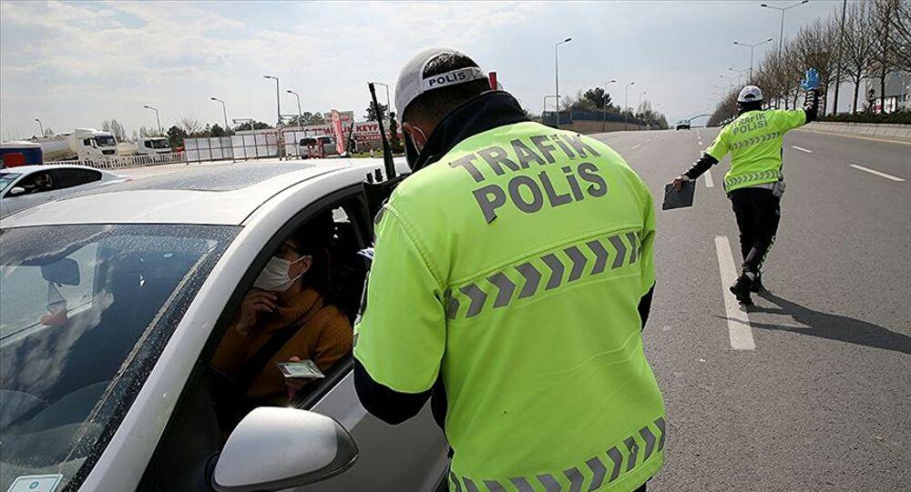 Kısıtlamalara uymayan 22 bin 810 kişiye ceza