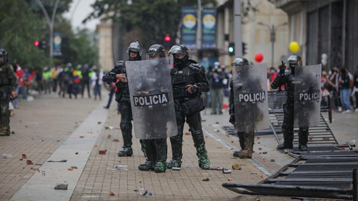 Kolombiya'da vergi reformu protestoları: Can kaybı 24'e yükseldi
