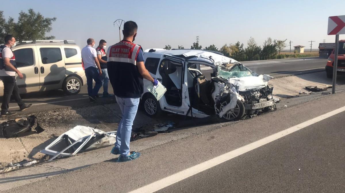Konya'da trafik kazası: 6 kişi yaşamını yitirdi