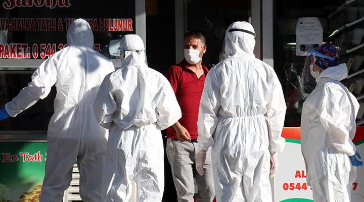 Koronavirüs hastası çiğ köfteci satış yaparken yakalandı