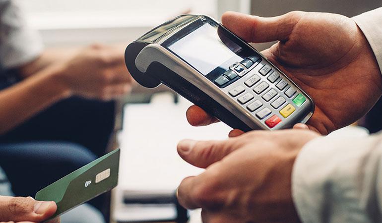 Kredi kartnda taksit sayısı düşürüldü, taşıt kredilerinde vade sayıları indirildi