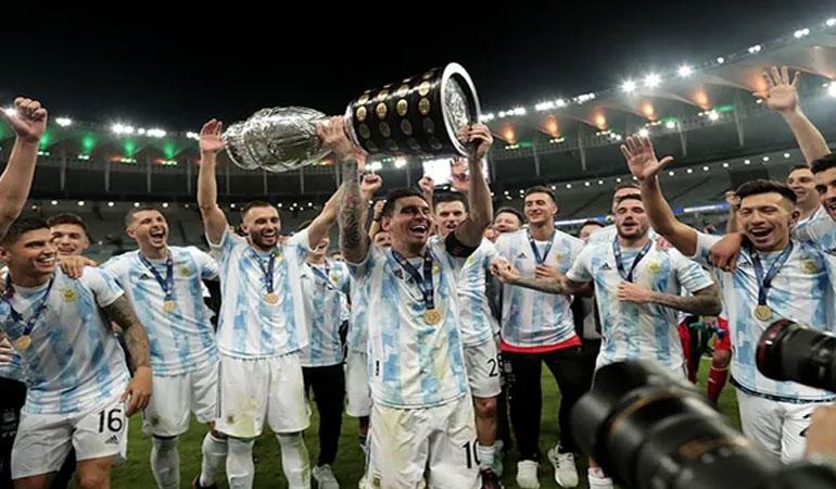 Kupa Amerika bu kez Messi'nin ellerinde