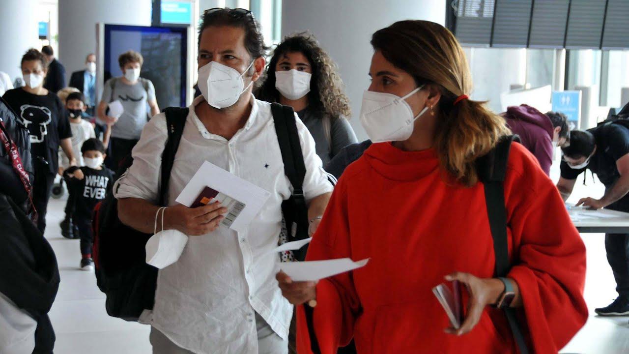 Los Angeles'te bulunan 332 Türk vatandaşı tahliye uçağıyla İstanbul'da