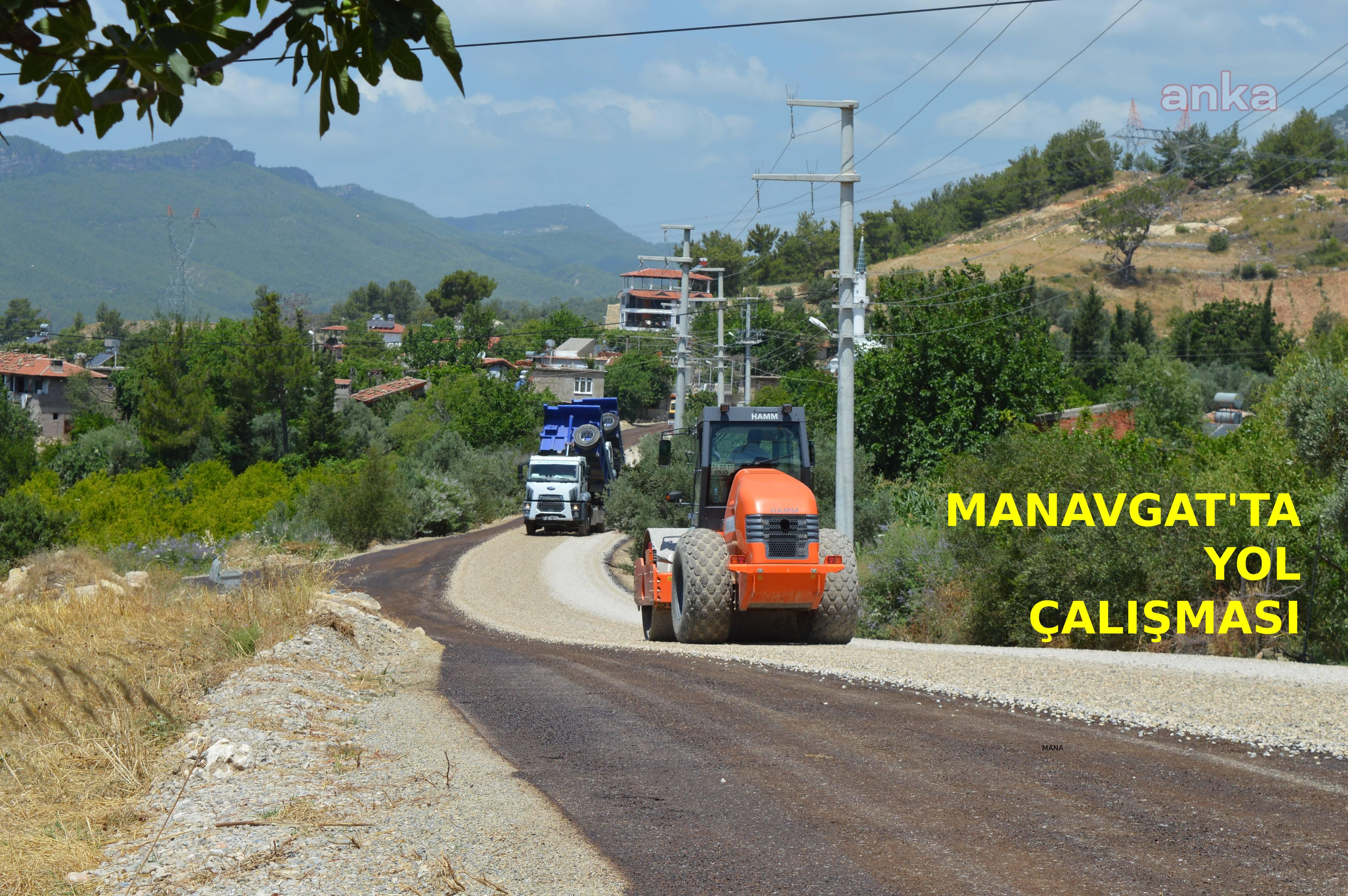 Manavgat Güzelyalı Grup yolunda asfalt çalışması