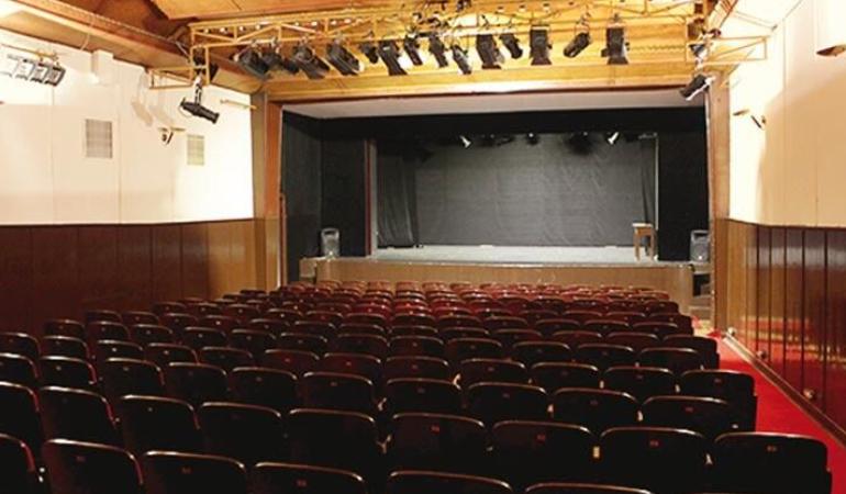 Mansur Yavaş Ankara Sanat Tiyatrosu için harekete geçti