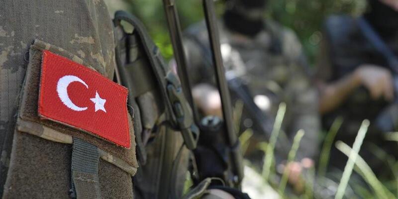 Mardin'de askeri araca saldırı: Bir şehit
