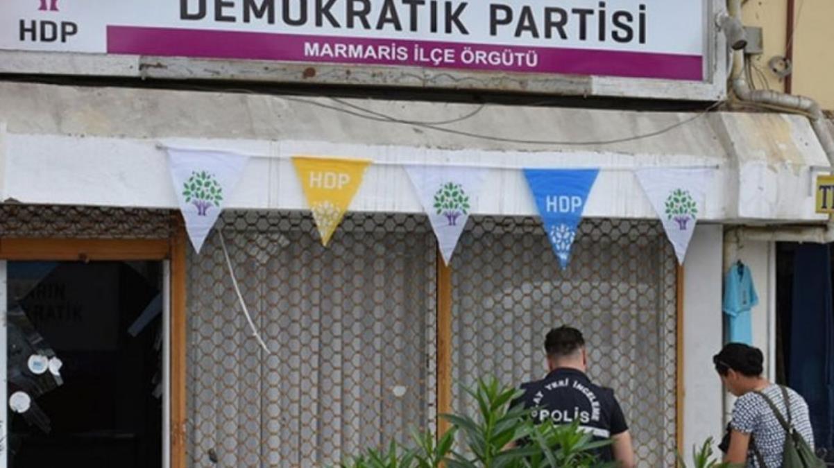 Marmaris'te HDP ilçe binasına saldırı: 1 gözaltı