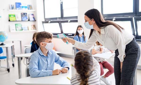 MEB: Öğretmen ve okul çalışanı 499 bin personel için Kovid-19 aşısı olma imkanı sağlandı