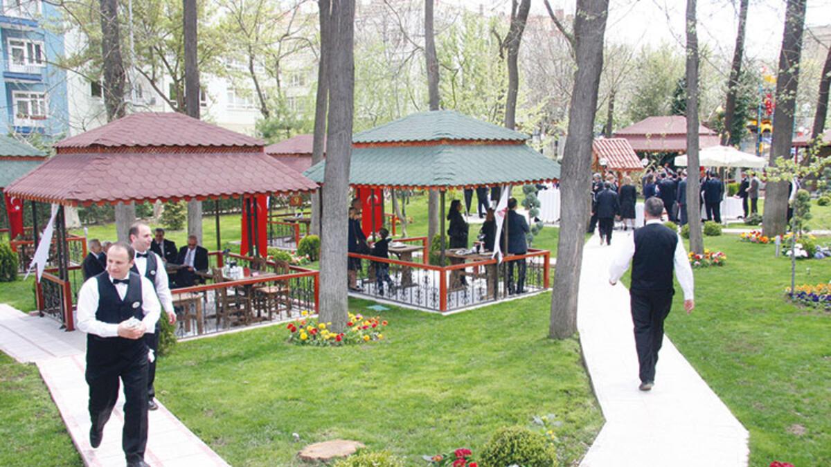 Meclis'in VİP Bahçe Lokantası yeniden açıldı