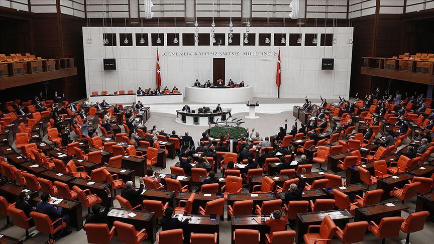 Meclis sosyal medya düzenlemesine ilişkin kanun teklifini ele alacak