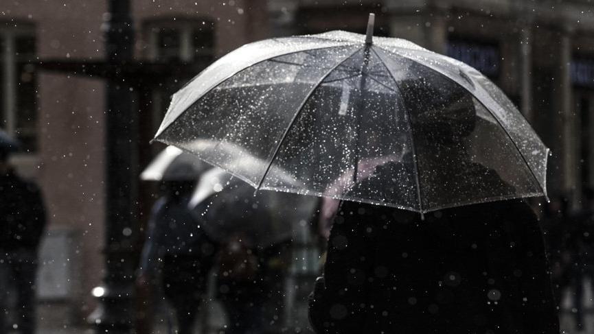 """Meteoroloji'den İstanbul için """"turuncu"""" uyarı"""