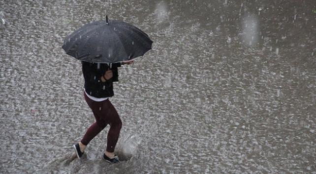 Meteoroloji'den sağanak uyarısı: Turuncu alarm verildi