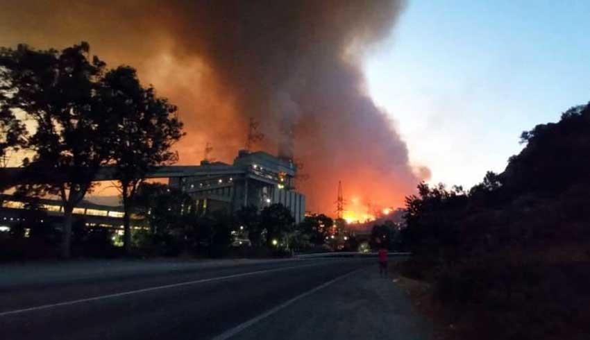 Milas'ta alevler Kemerköy Termik Santrale sıçradı