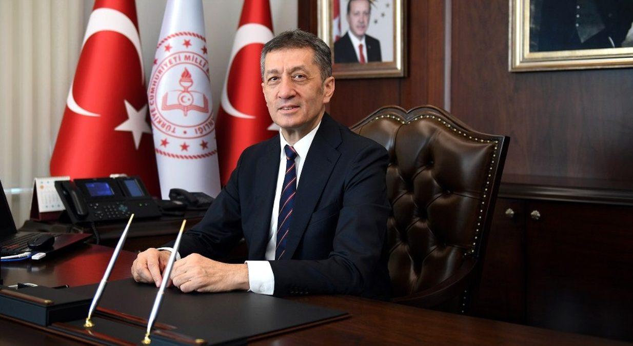 Milli Eğitim Bakanı Ziya Selçuk okulların açılması ile ilgili tarih verdi