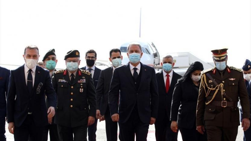 Milli Savunma Bakanı Hulusi Akar Bağdat'ta