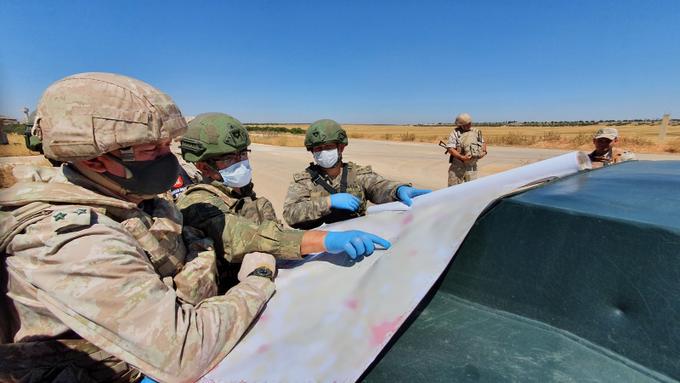MSB: İdlib'teki devriyede bombalı saldırı düzenlendi, can kaybı yaşanmadı
