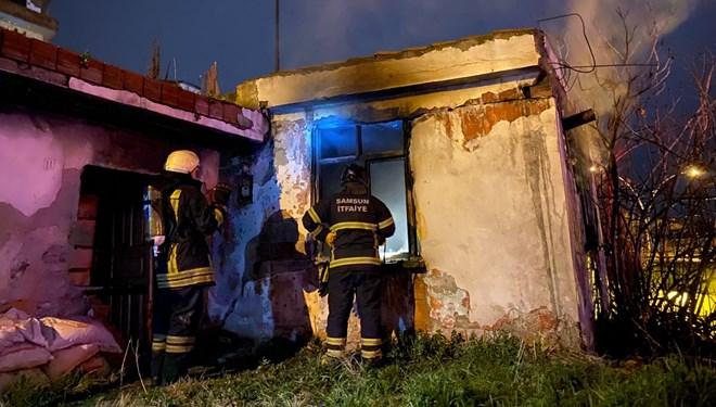 Müstakil ev, yangında kullanılmaz hale geldi