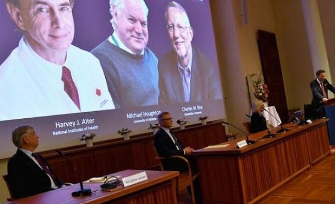 Nobel Tıp Ödülü'nü Hepatit C üzerine çalışan 3 bilim insanı kazandı