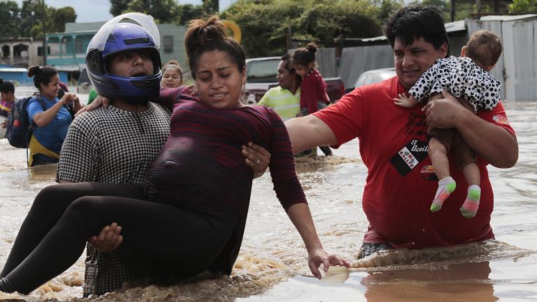 Orta Amerika'yı kasırga vurdu: 170 kişi hayatını kaybetti