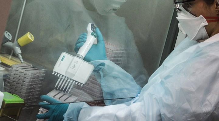 Oxford'un koronavirüs aşısında umut verici gelişme