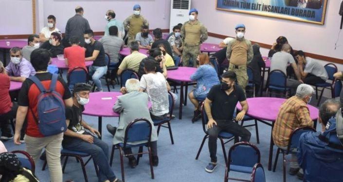 Polis baskını: 220 kişiye toplam 1 milyon 57 bin 100 lira ceza