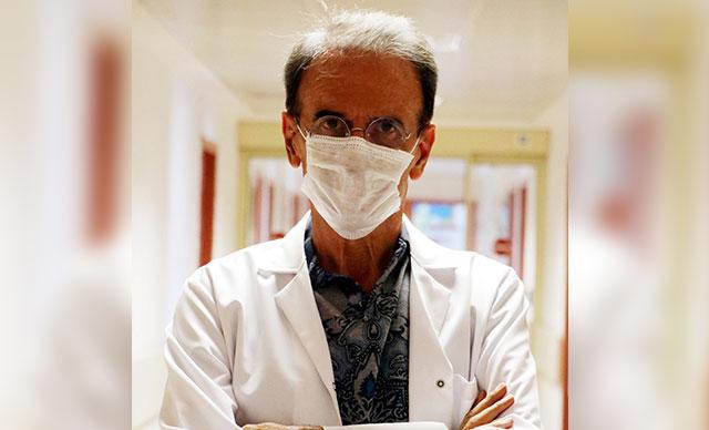 Prof. Dr. Ceyhan: Ortak makyaj malzemesi, virüsü 4-5 saatte bulaştırabilir