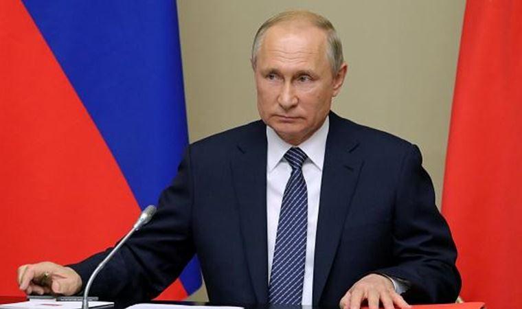 Putin duyurdu: Koronavirüse karşı geliştirilen ilk aşı tescil edildi