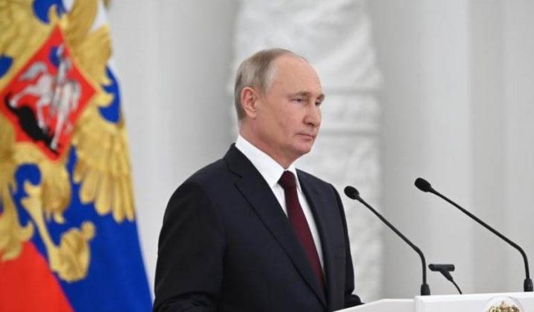 Putin: Karadeniz'deki İngiliz gemisini batırsaydık bile Rusya'ya savaş açamazlardı