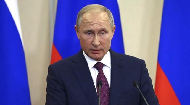 Putin: Koronavirüsün kasıtlı olarak çıkarıldığını düşünmek için bir neden yok
