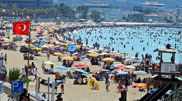 Sağlık Bakanı Koca: Birinci dalga sahillere indi