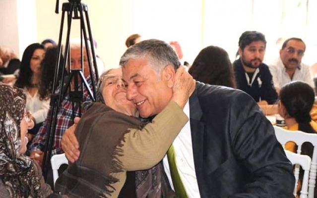 Sarıyer Belediye Başkanı Şükrü Genç annesini kaybetti