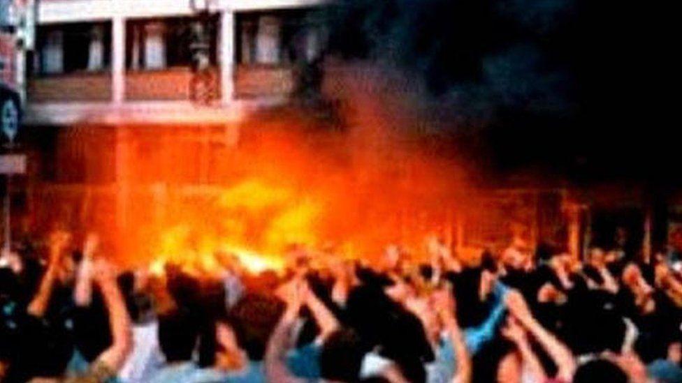 Sivas'ta katliam yaparak Almanya'ya kaçan 15 kişi kayıp