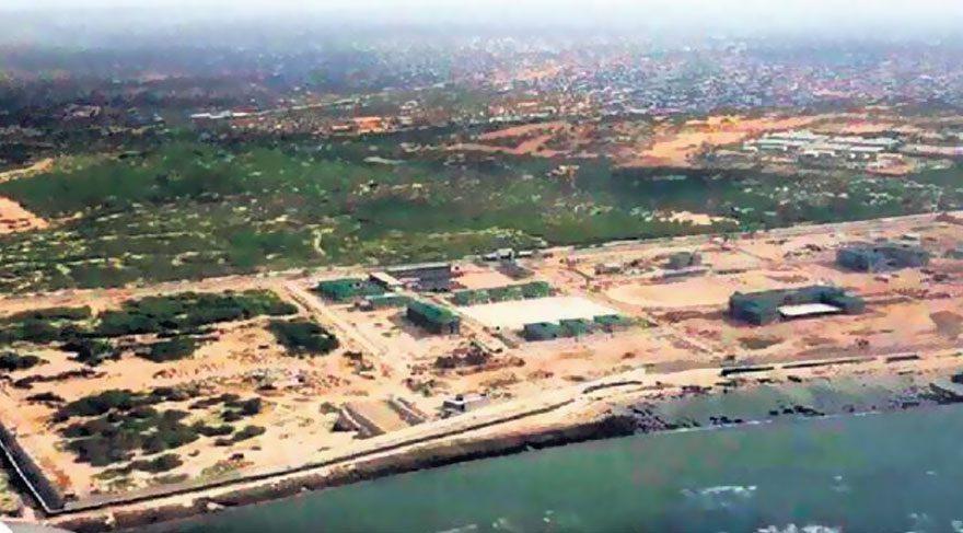 Somali'deki Türk askeri eğitim üssü önünde saldırı girişimi