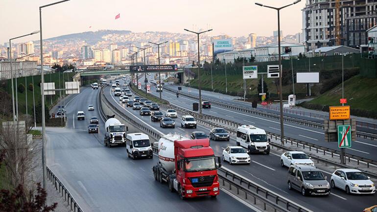 'Tam kapanma' öncesi İstanbul'dan kaçış trafiği