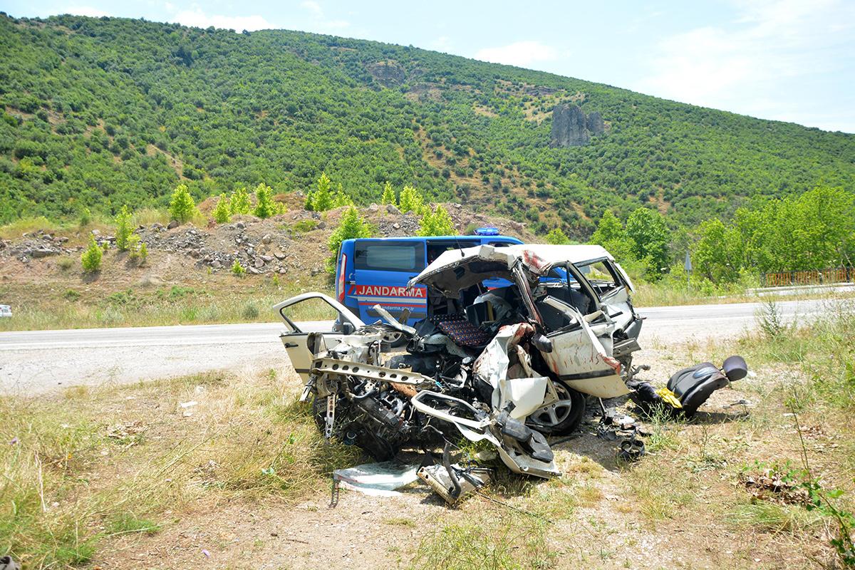 Tatil yolunda feci kaza