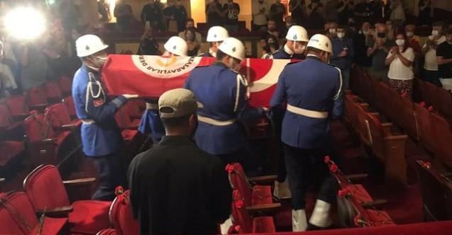Tiyatronun usta ismi Ferhan Şensoy son yolculuğuna uğurlandı