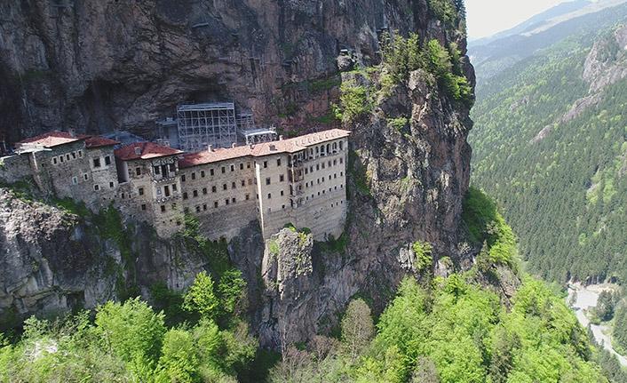 Trabzon'da Sümela Manastırı ve Ayasofya Camii yarın ziyarete açılıyor