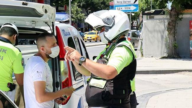 Trafikte 22 bin 217 kişiye cezai işlem uygulandı