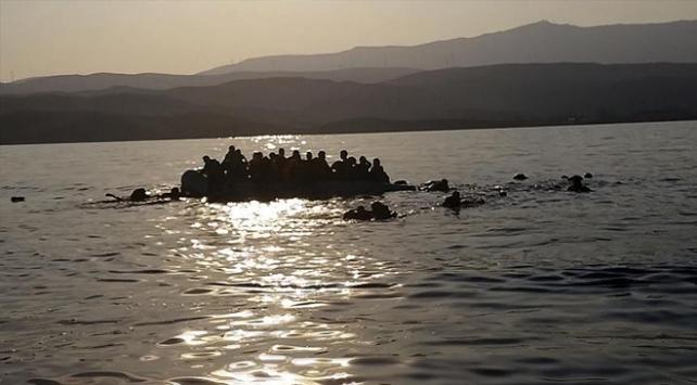 Tunus açıklarında göçmen teknesi battı: 20 ölü