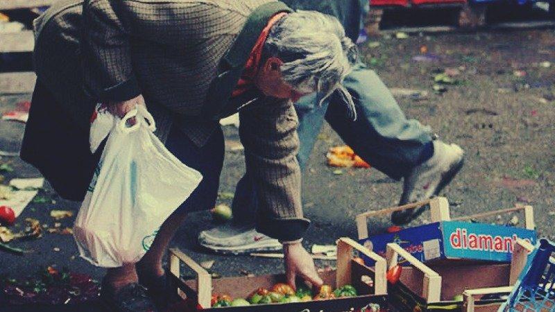 Türk-İş açlık sınırını 2 bin 406 TL olarak açıkladı