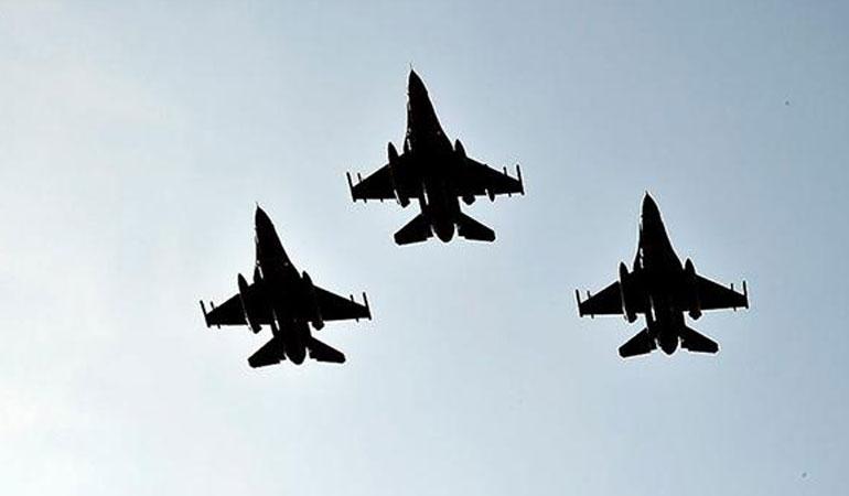 Türk ve ABD jetleri, Polonya veİzlanda'da hava polisliği görevine başladı