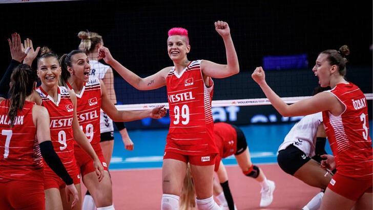 Türkiye A Milli Kadın Voleybol Takımı, Avrupa Şampiyonası'nda 4'te 4 yaptı
