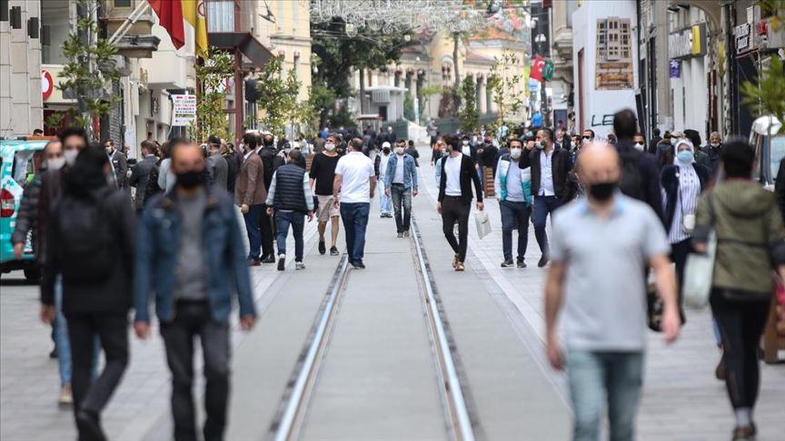 Türkiye'de koronavirüs salgınında son 24 saat: 72 can kaybı, 2017 yeni hasta