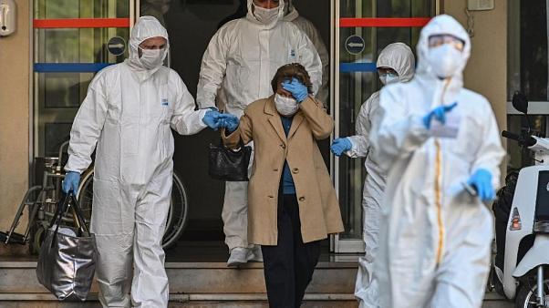 Türkiye'de koronavirüs: Son 24 saatte 87 can kaybı, 2 bin 529 yeni hasta