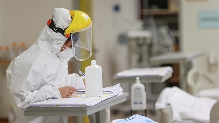 Türkiye'de koronavirüs: Vaka ve ölüm sayılarında artış!