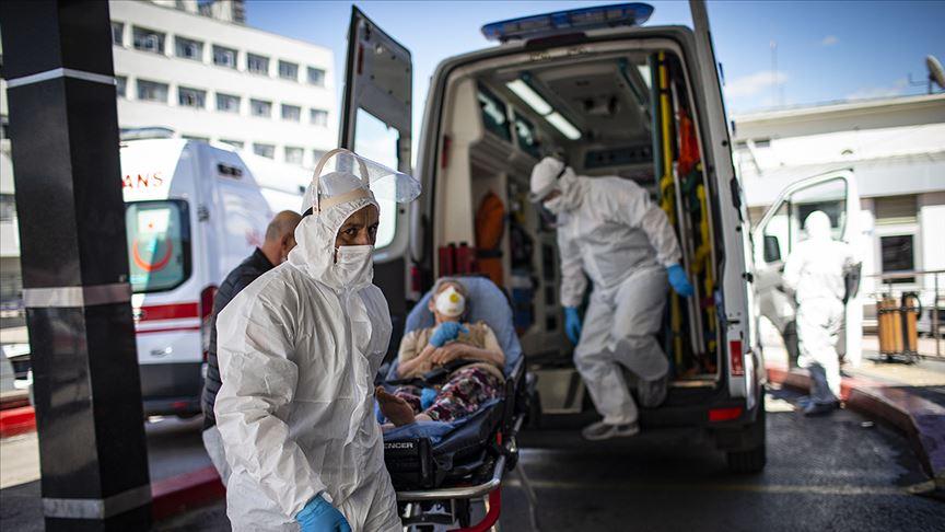 Türkiye'de koronavirüsten 124 kişi daha yaşamını yitirdi